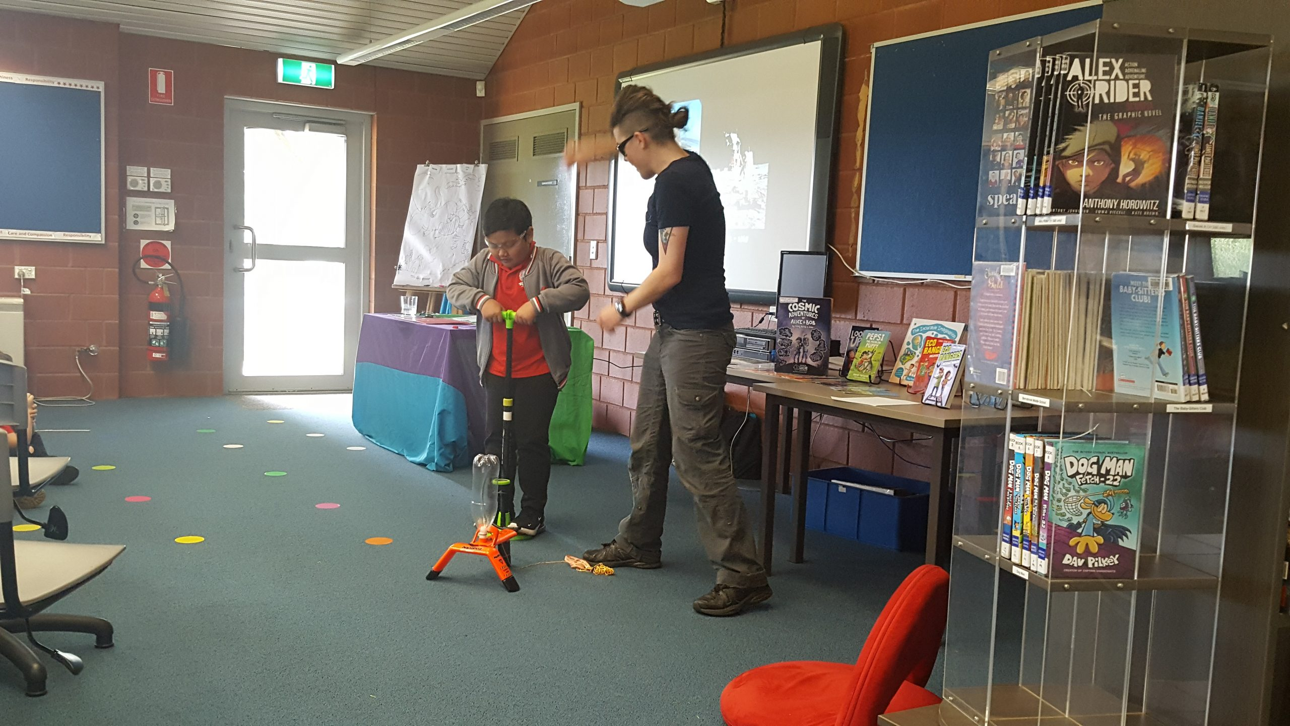 A visit from Aska- illustrator and scientist